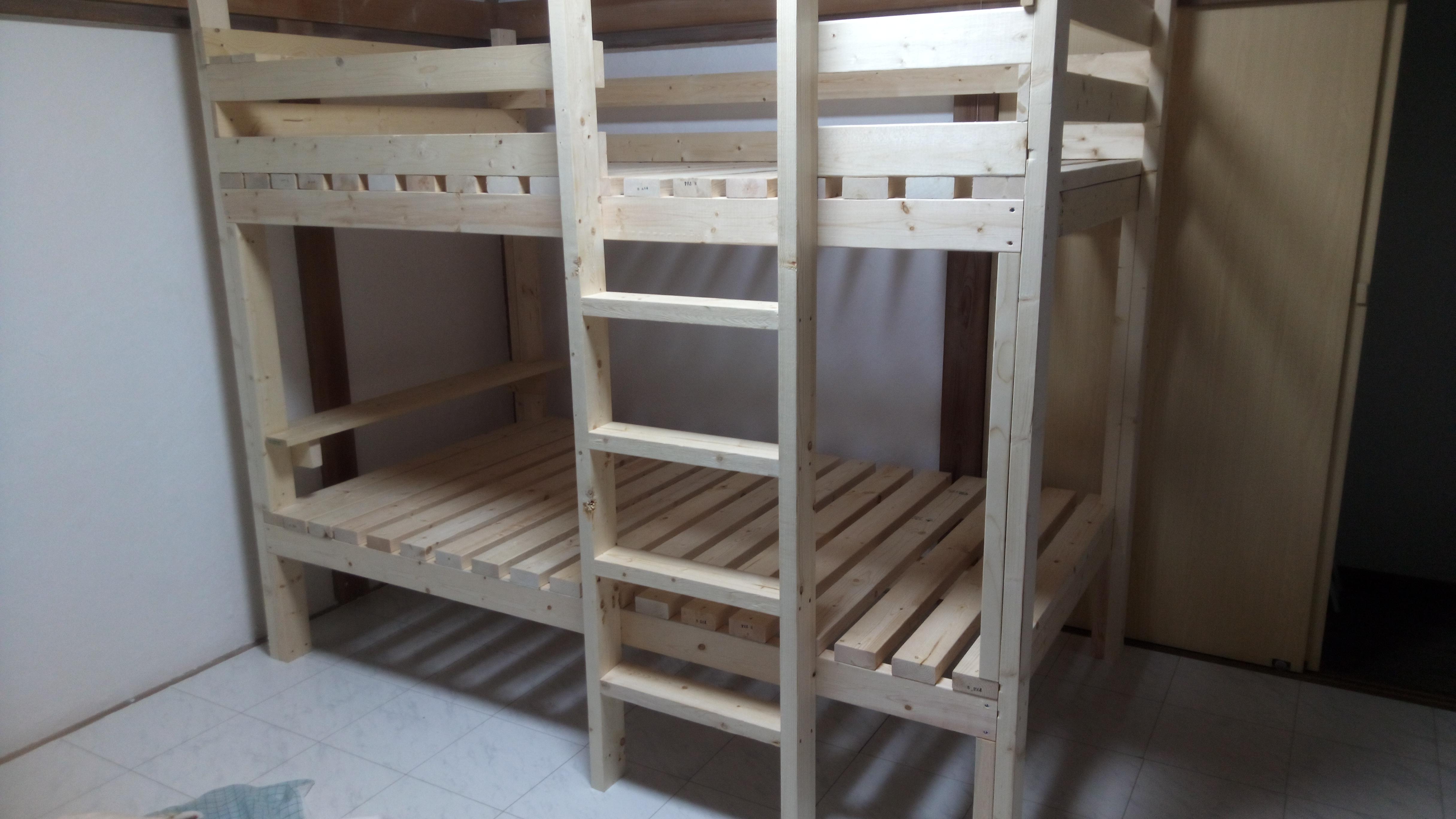 簡単技術のDIY、2万円予算で作るセミダブル2段ベッド | 私たちはどう